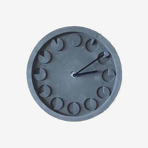 Дизайнерские часы из бетона